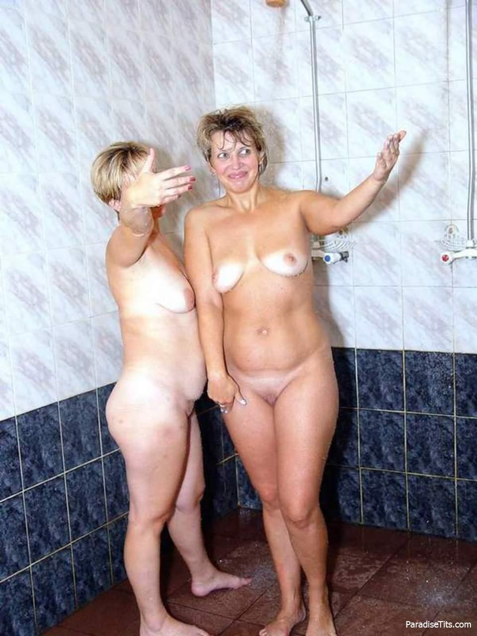 Голые тётки - порно фото зрелых женщин