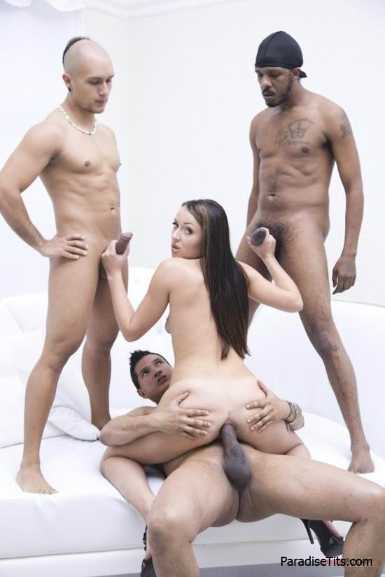porno-ebem-podrugu