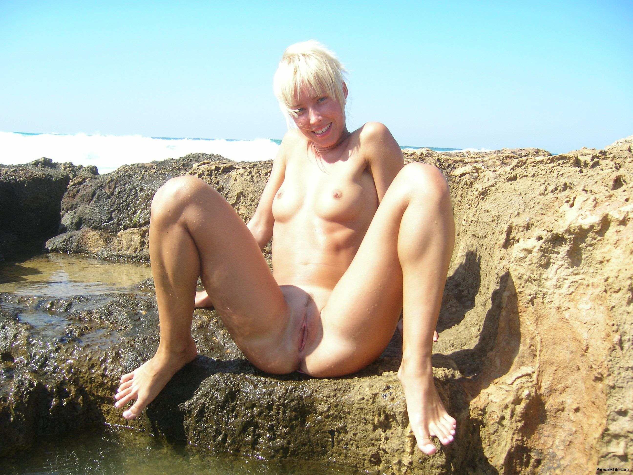 Фото ебли  худенькой блондинки
