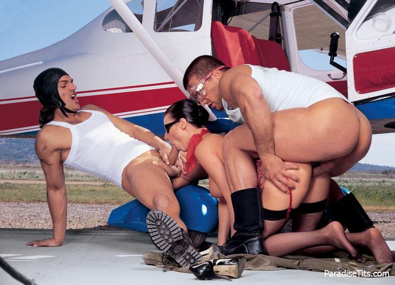 секс самолет фото