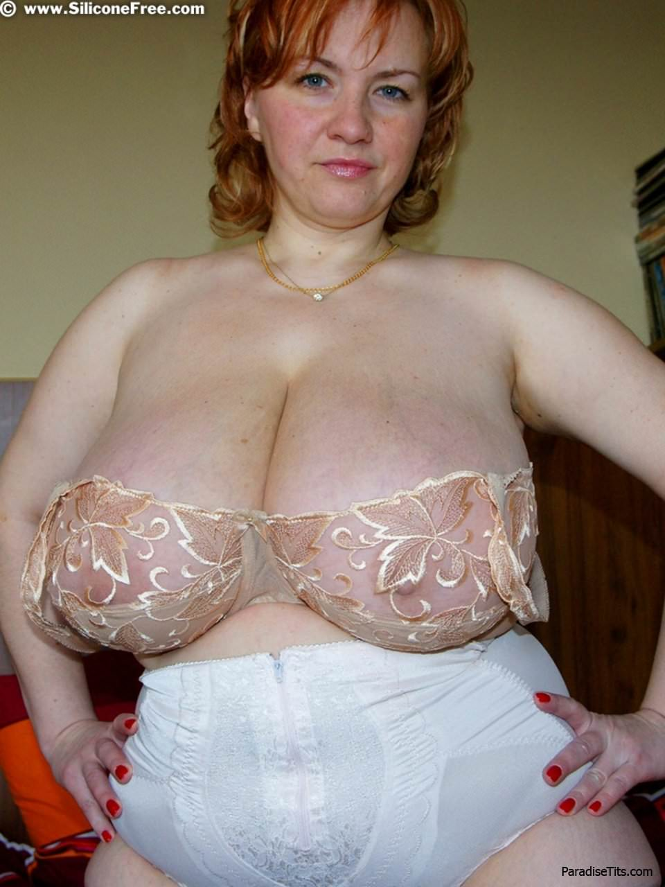 показать фото голая баба с волосатой пиздой