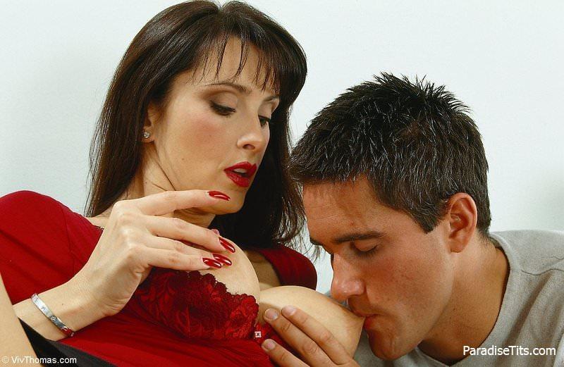 Замечательные порно фото, где муж и жена занимаются нежным сексом