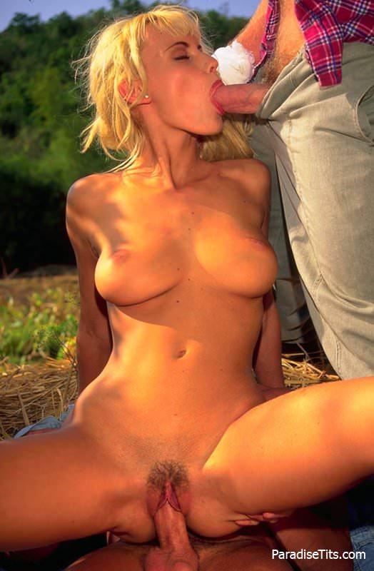 anita-blond-porno