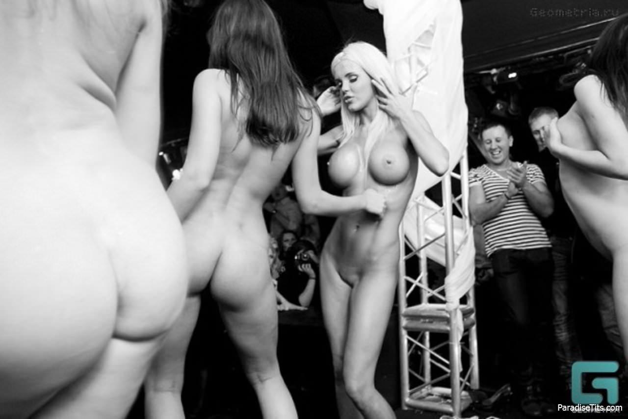 Секс на сцене вк