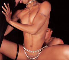Превосходные порно фото отличного секса мжм с похотливой мулаткой