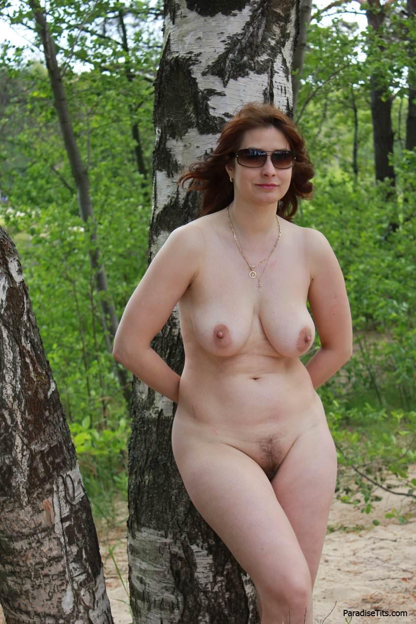 golie-artistki-rossii-v-razdevalke-eroticheskie-foto