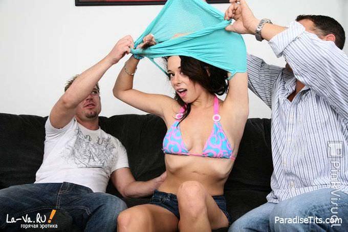 Развратная дамочка трахается с мужиками за бабки на порно фото